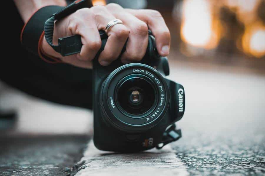 How to Use A Digital SLR Camera?