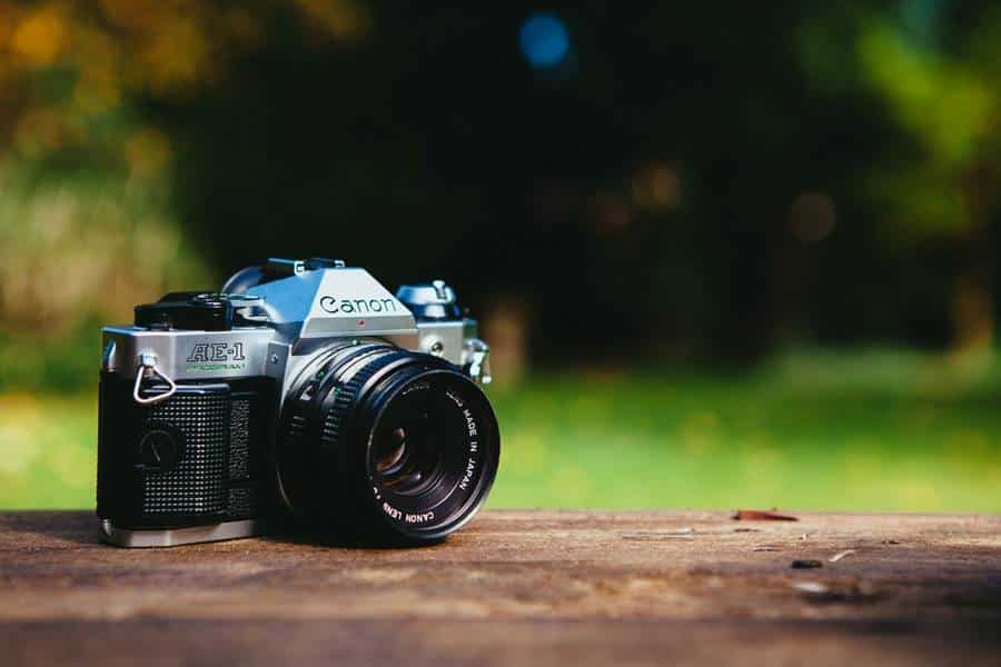 How to Use A Compact Camera