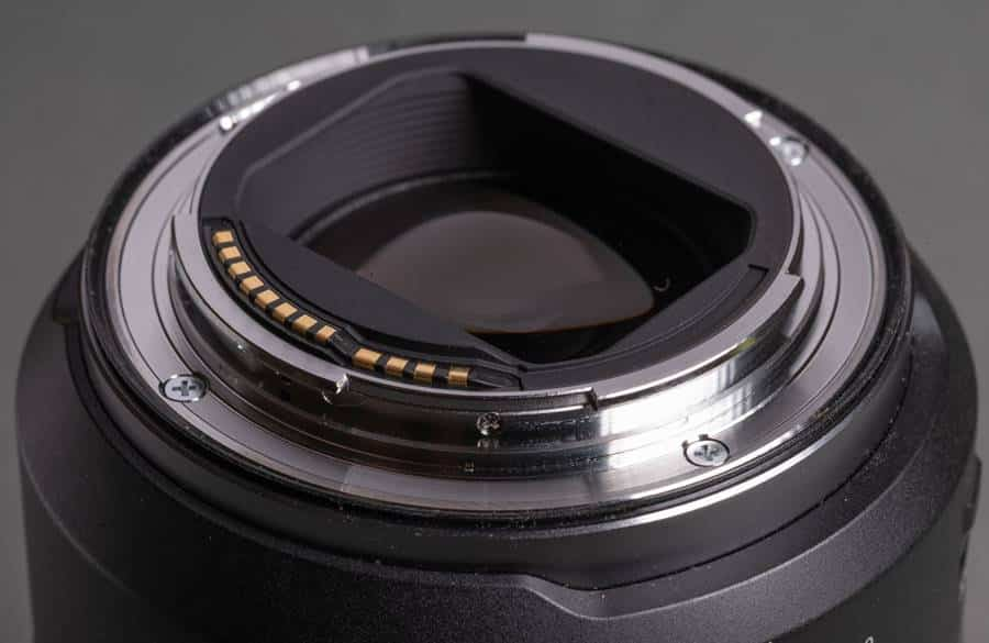 bayonet mount: Canon RF 24-105mm F4L IS USM