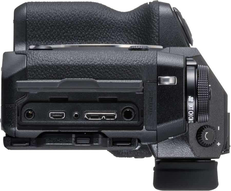 Connector Slots: Fujifilm XH-1