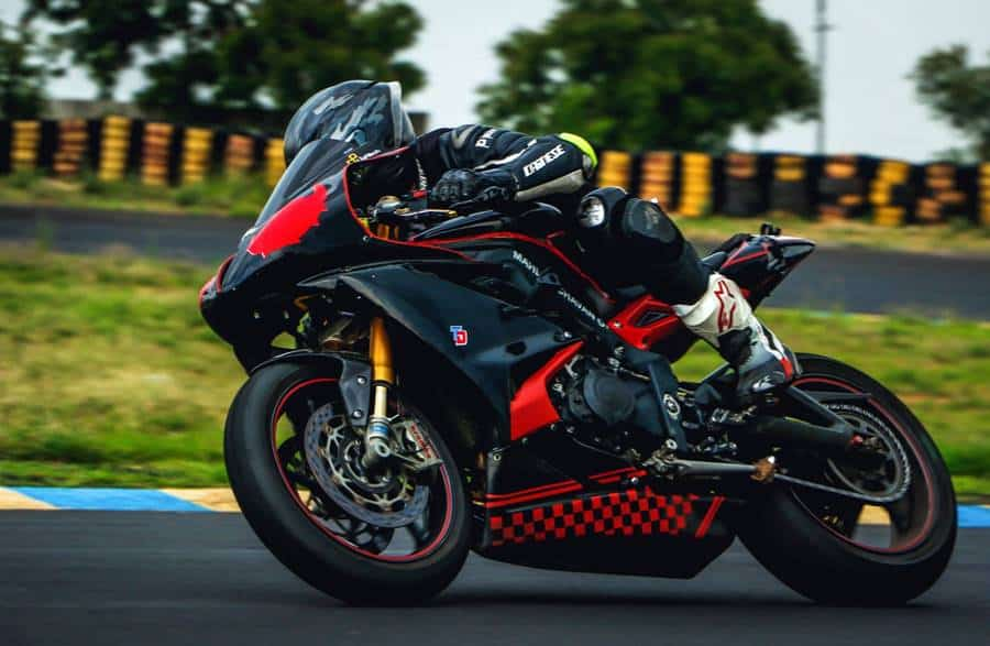 Photo Sessions on Sports Motorcycles