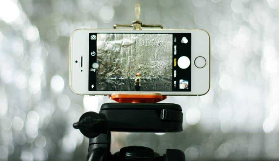 9 Best Cell Phone Monopod for Photography and Videos
