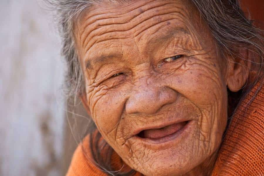 How to Photograph Older Woman?