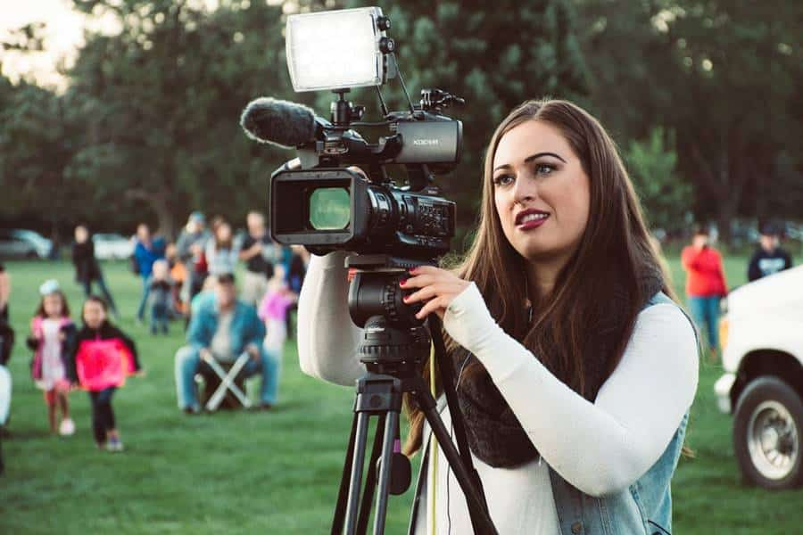 How to Choose A Video Camera in 2021?