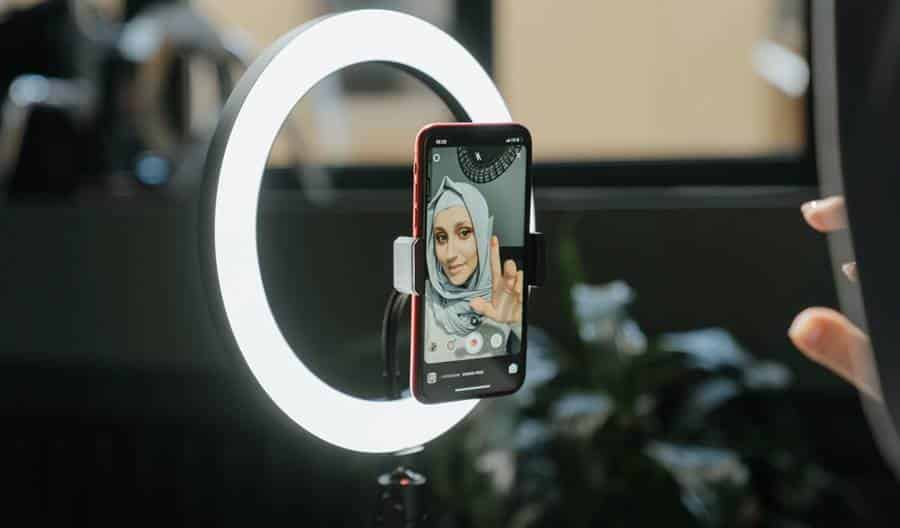 What to Look for When Buying A Ring Light?