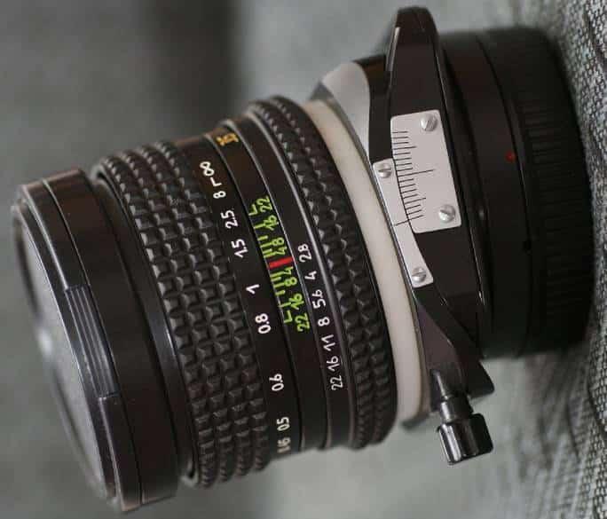 Pentax-mount Arax 35 mm f2.8 Tilt-Shift Lens