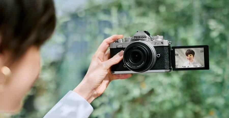 Nikon Z FC Review - Shooting Selfie Video